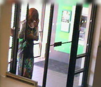 Cross-dressing robber hitting banks in York Co. PA