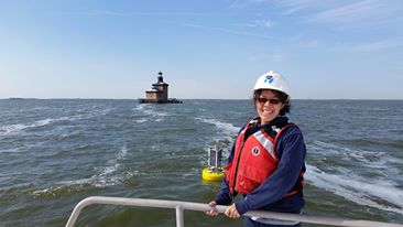 """Fav #SeaGrantWater moment: Visiting the """"fresh"""" coast for the 1st time #GreatLakes #sgknauss @noaa_glerl @seagrant https://t.co/GHAeItb60t"""