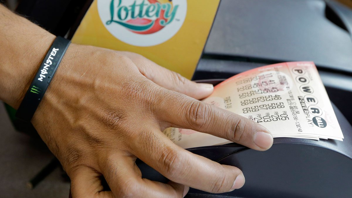 Feeling lucky? The Powerball jackpot is approaching $500M after no one won last night