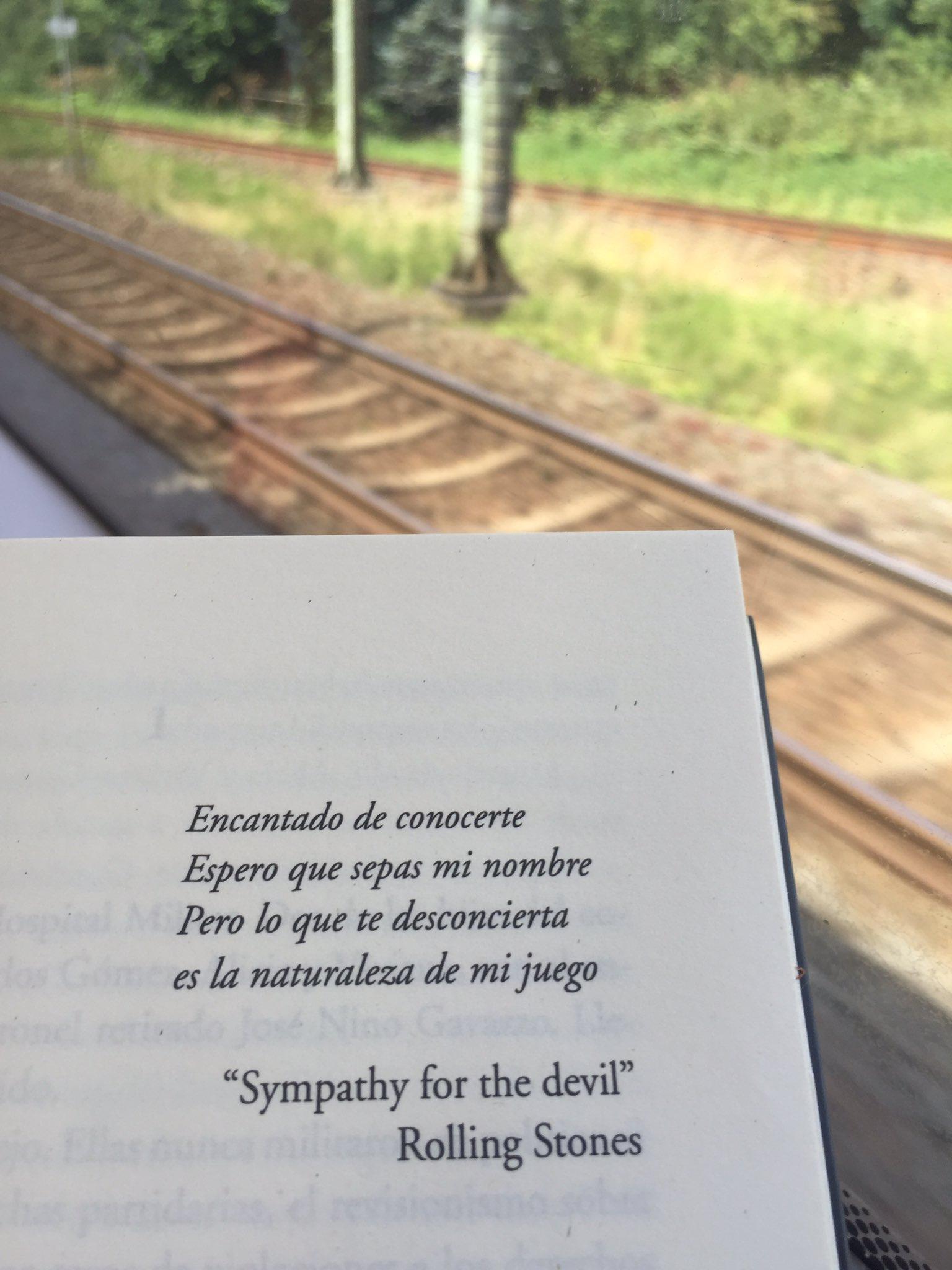 Cuando cerras un libro y no podes dejar de pensar en lo que leíste. Duro, excelente. Gracias @leohaberkorn https://t.co/azo1KFuapI
