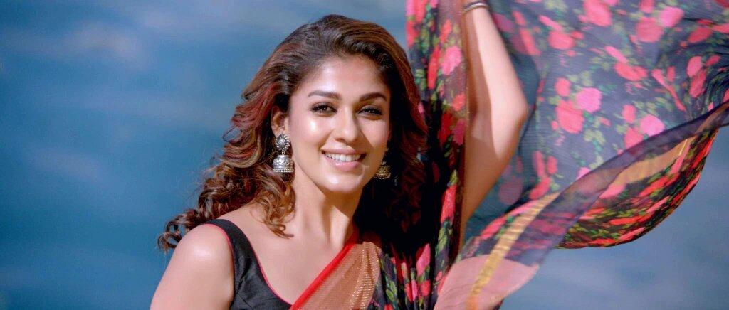 Nayantara begs a chance for her Boyfriend - Super Star warns her!