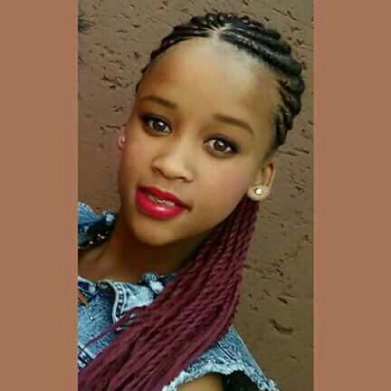 This girl was kidnapped today in Noordgesig by unknown men in a black BMW with no registrations.Please RT https://t.co/uJUVAqQNBP