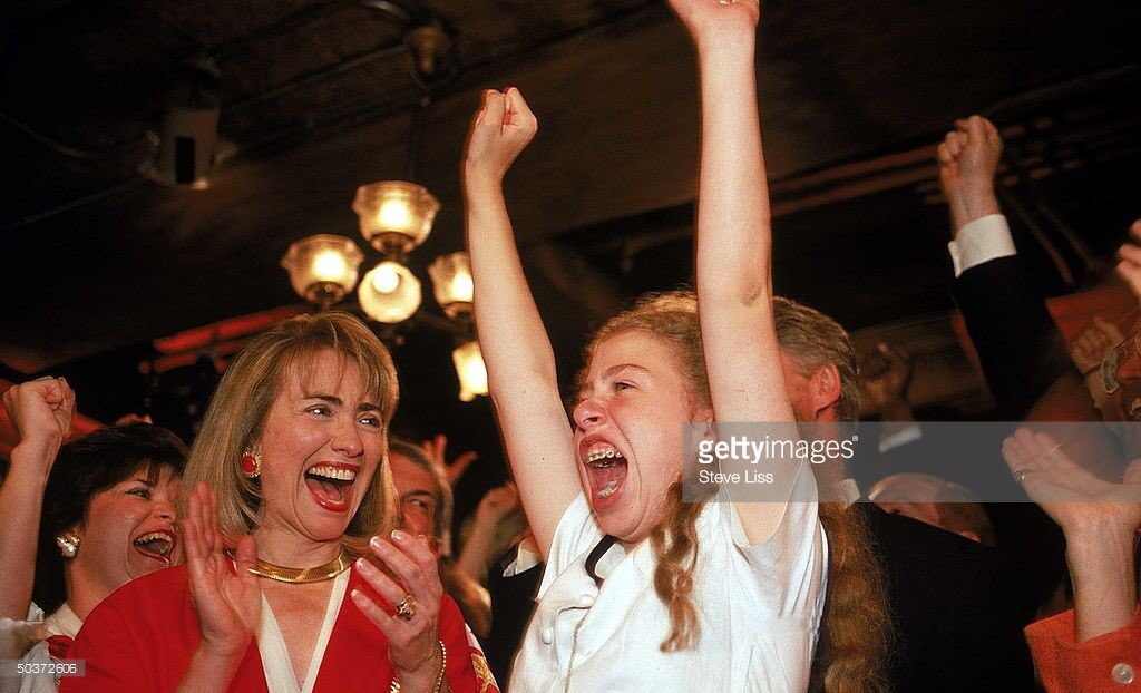 That mother-daughter bond... #TBT #DemsInPhilly https://t.co/XBcngw5aSZ