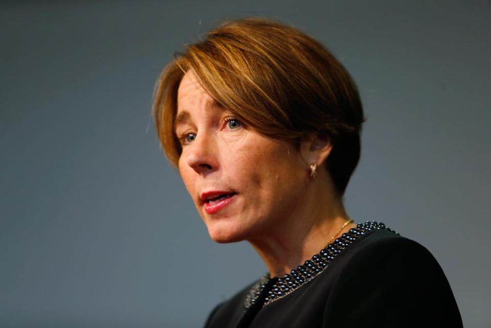 Five former Massachusetts attorneys general are backing Maura Healey's gun effort