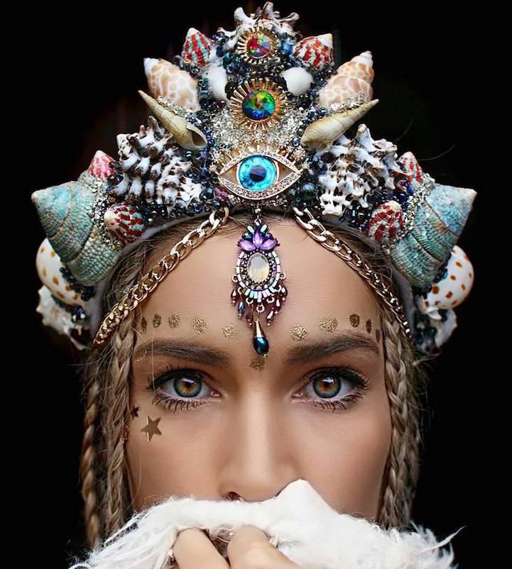 今、ネットで大旋風を巻き起こしているという、「本物の貝殻でつくったマーメイドの王冠」。豪州メルボルン…