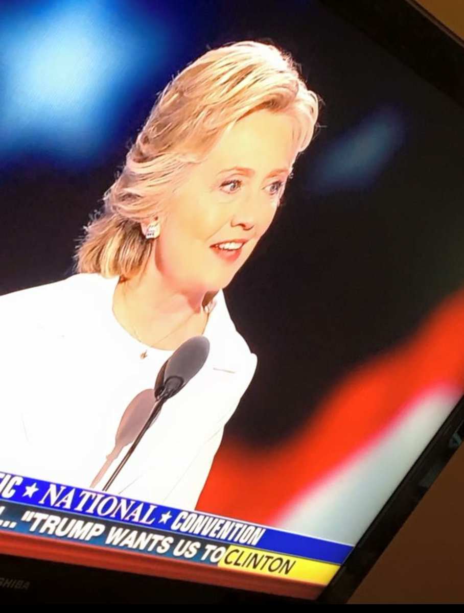 """""""I believe in science, I believe climate change is real..."""" nuff said? #abouttime #ImWithHer #yougogirl https://t.co/Aing7i3mVT"""
