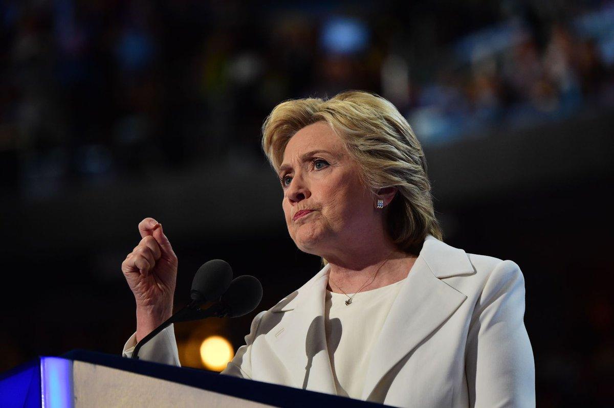 Clinton Promises Steady Hand In Dangerous World