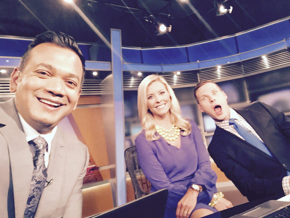 Anchoring the news with @AmyAndrewsFOX2 and @dkevrafox2. It's Friday!!! Derek's face says it all. Yessss!!