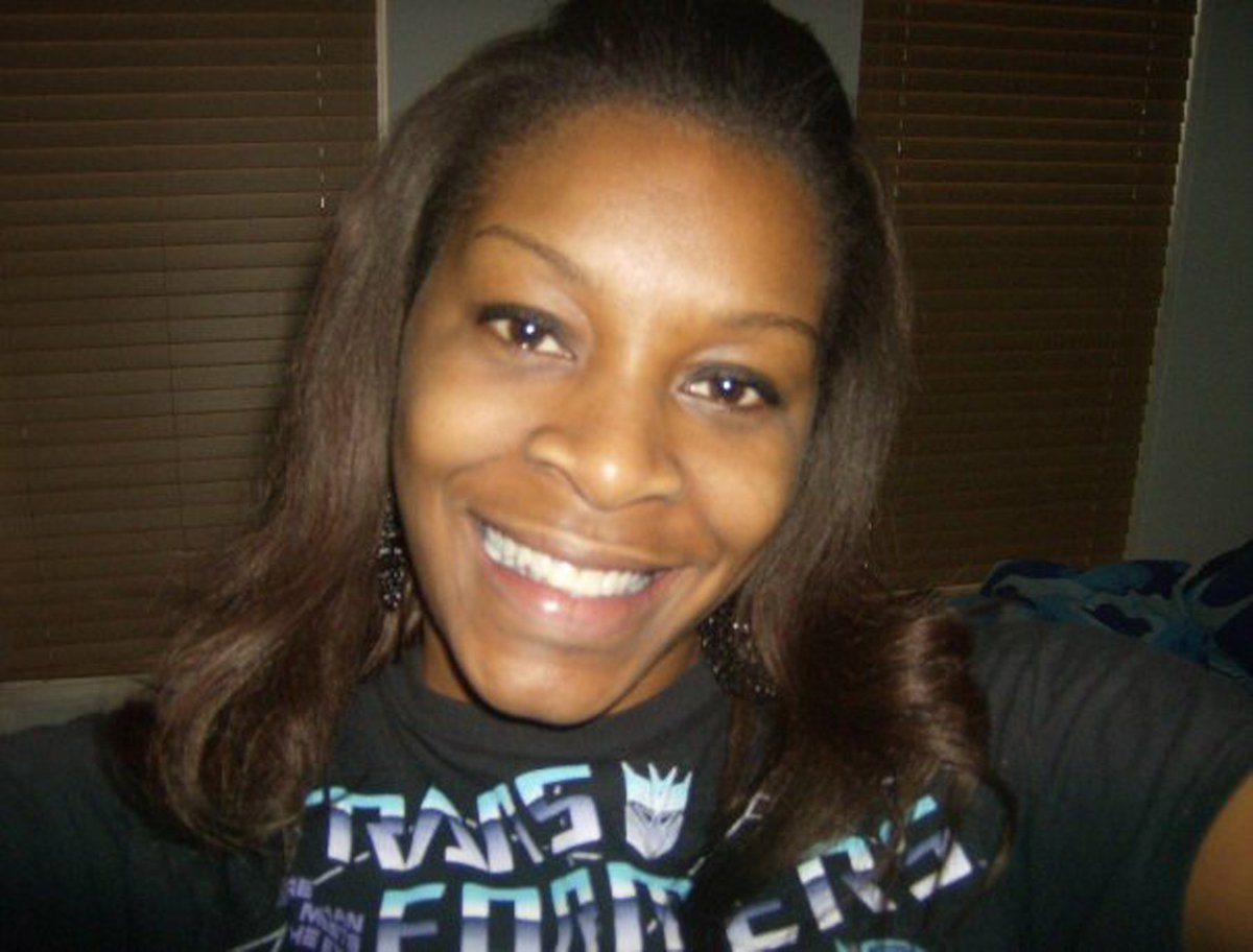 An officer says he was silenced in the Sandra Bland case. Prosecutors deny the accusation