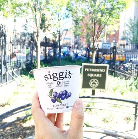 It's our anniversary! 10 years ago Siggi sold his first cup @ an outdoor market in NYC. Thanks for all your support! https://t.co/eXGNXu8iLx