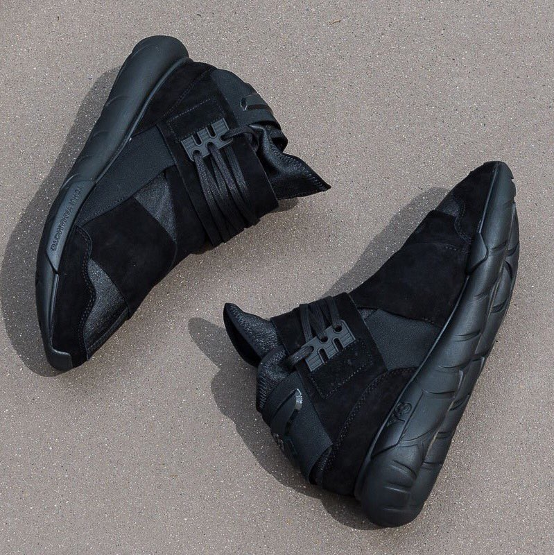 bd489d80c Sizes 6.5-12 under retail. Y-3 Qasa High Lux Triple Black. —   http   bit.ly 2aJFoXO pic.twitter.com Wh8wES20PJ