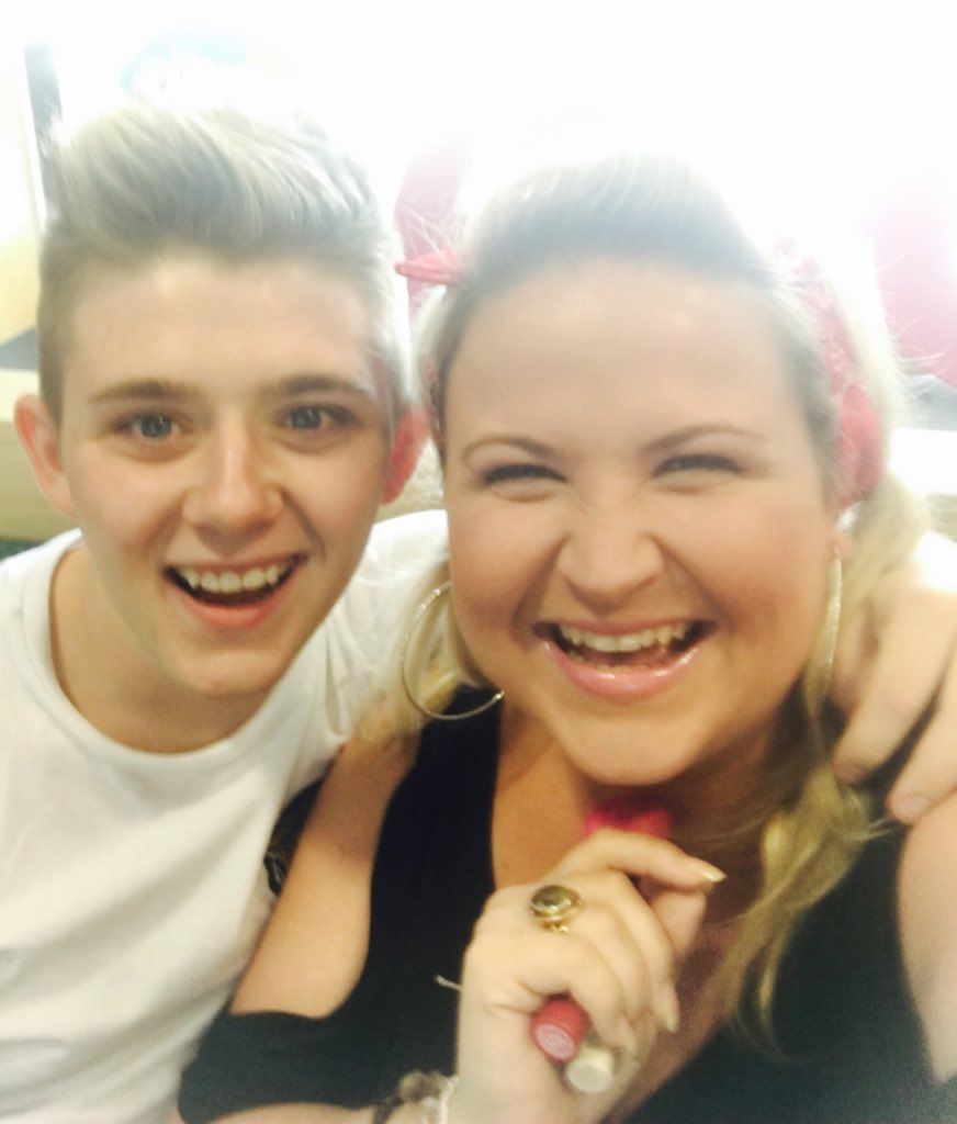 RT @leah_macrae: Great fun on @STVGlasgow live at five with oor @nickymcdonald1 he's just an absolute beauty, what a giggle we had!😘 https:…
