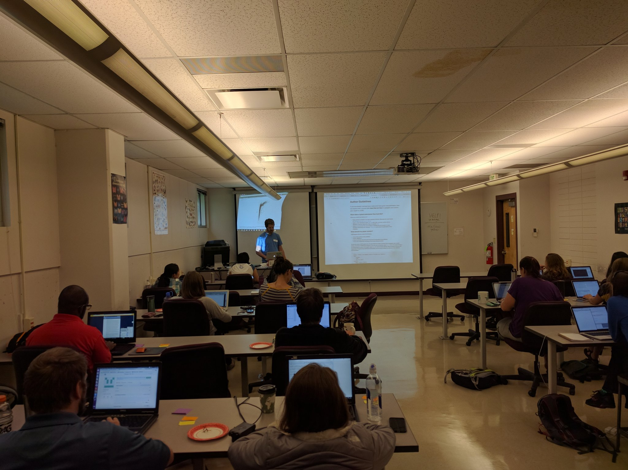 2nd day at #adapt2humans @swcarpentry workshop, @sckottie takes us through some intermediate #rstats fanciness https://t.co/rN3GEtmnz7