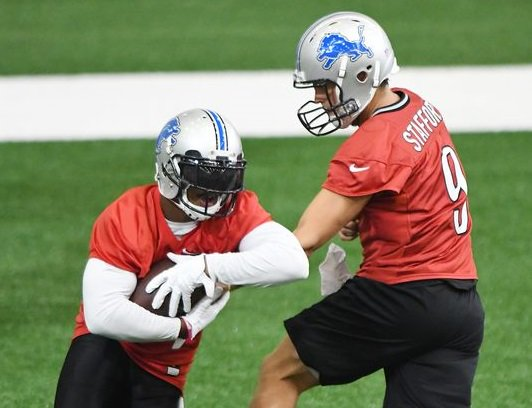 Lions RB Ameer Abdullah running red in camp @Justin_Rogers