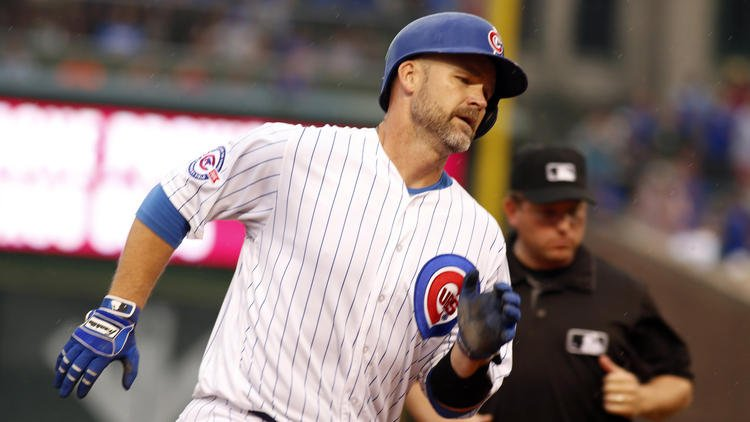 Cubs put it all together on a soggy Friday at Wrigley Field, pummeling the Mariners 12-1