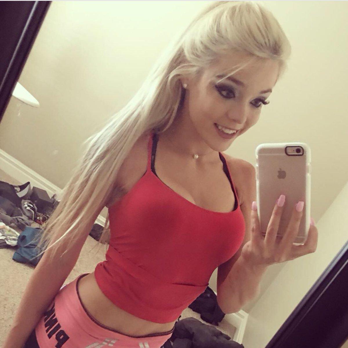 Blondiewondie Hot