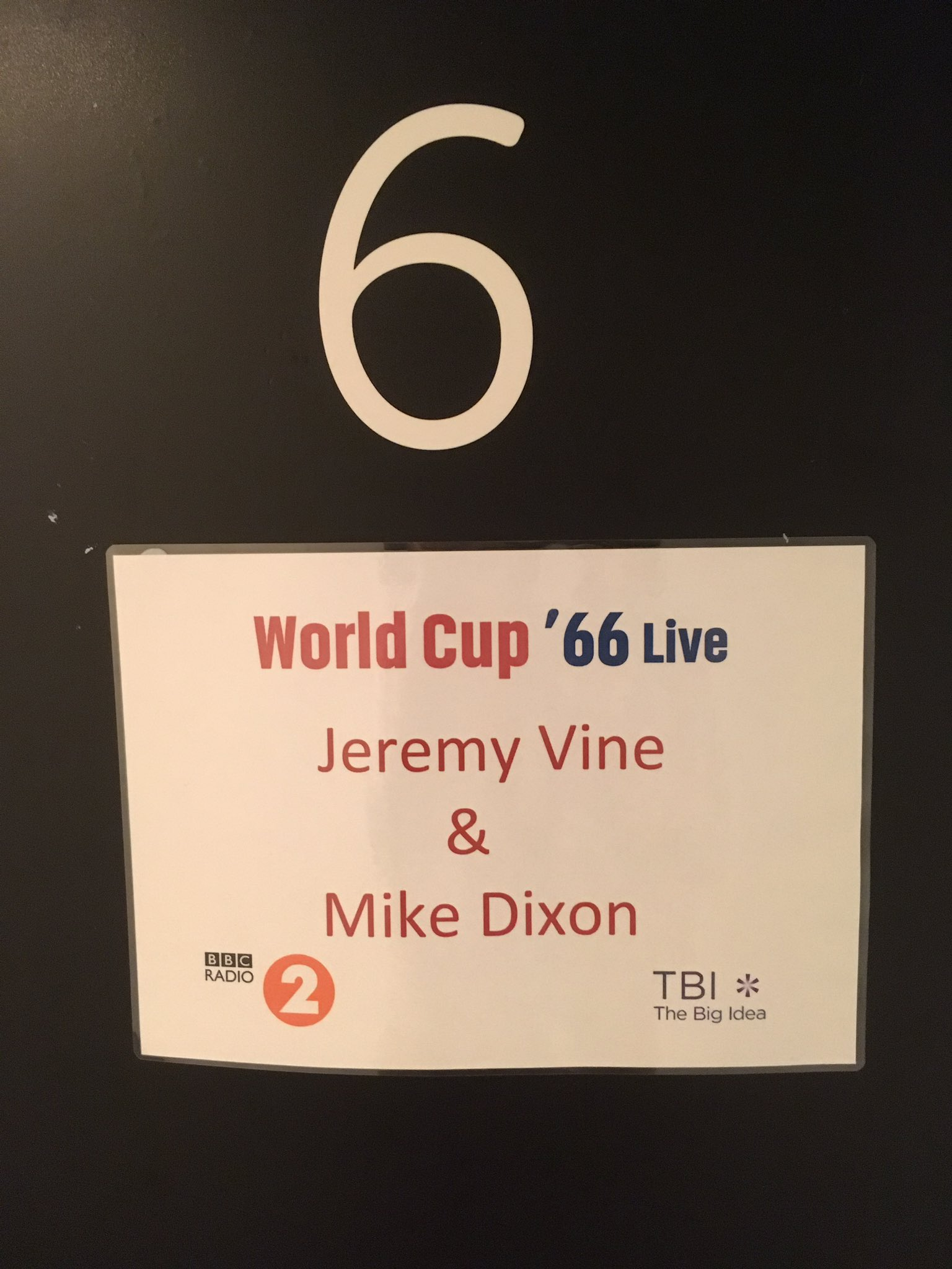 RT @mikedixonmusic: Now this is a worry!! #WC66Live @theJeremyVine @BBCRadio2 @BBCCO https://t.co/uMli1Sa7fr
