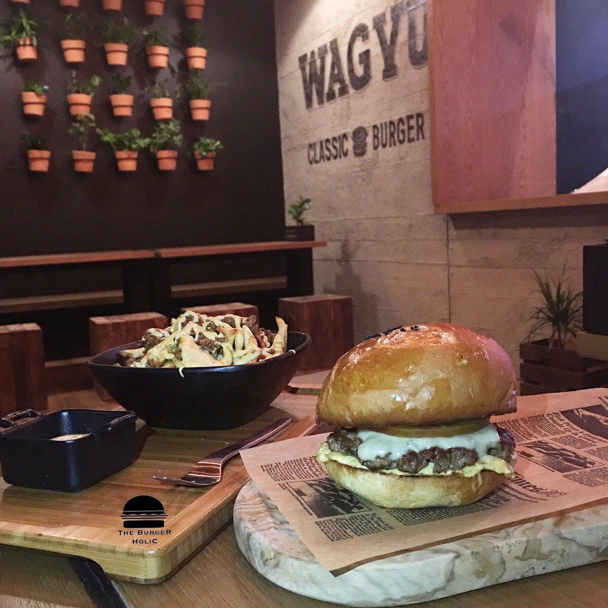 The Burgerholic On Twitter من زيارتي أمس لمطعم واقيو الجديد في الرياض وتجربة برقر لحم الواقيو Wagyu Burger مطاعم الرياض