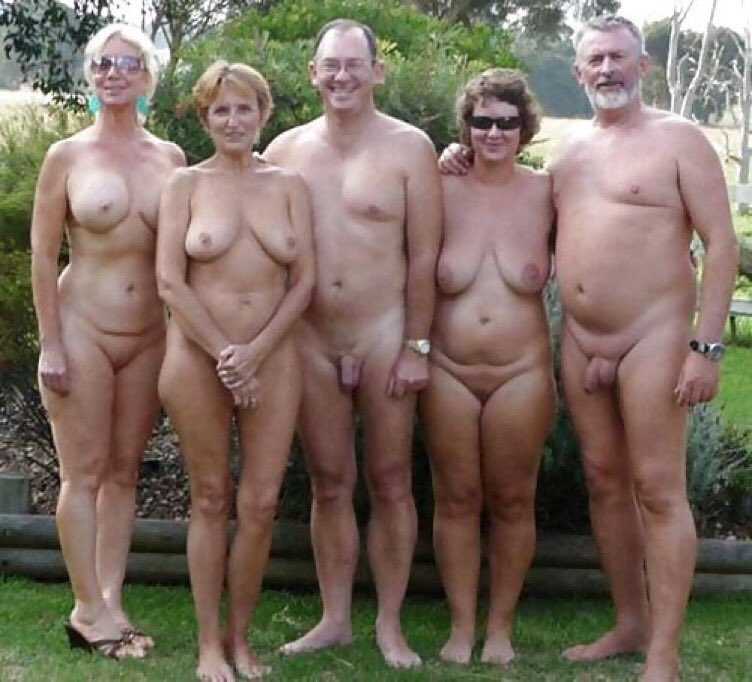 couple-group-naked