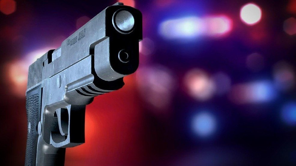 Police: Man wounded, woman hit with gun in Dundalk: LiveOnFOX45