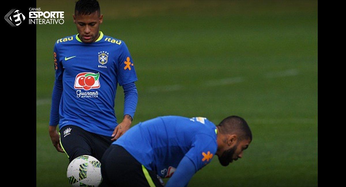 Gol do @gabigol Bola na trave do Thiago Maia Bola na trave do @neymarjr   Santistas pouco orgulhosos no momento...