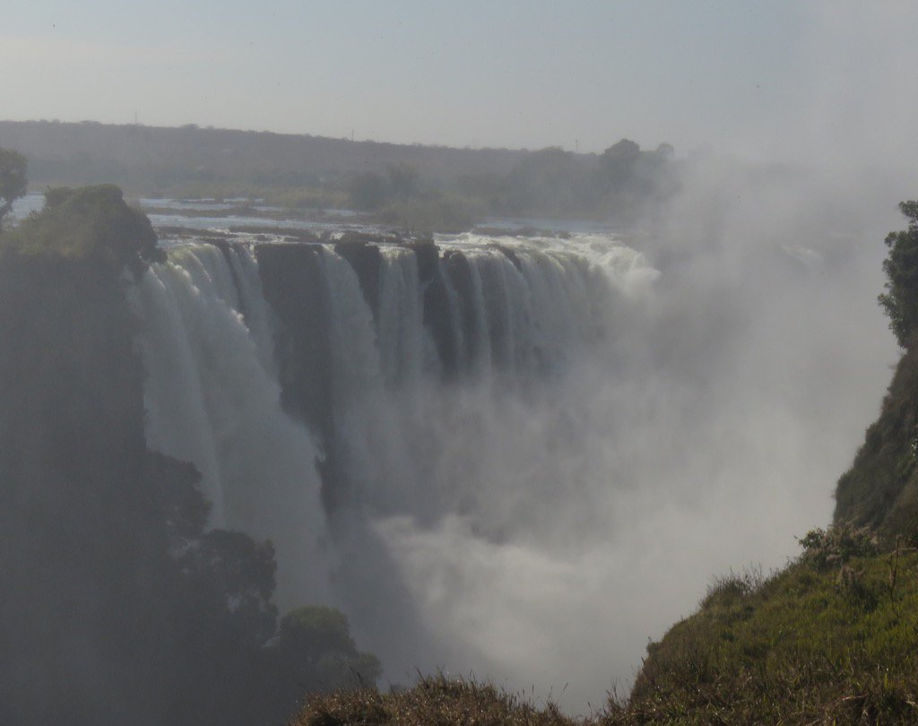 #VictoriaFalls was more profoundly impressive than I had anticipated, and I am so glad we came. #Zimbabwe #Zambia https://t.co/XyvljuhJa3