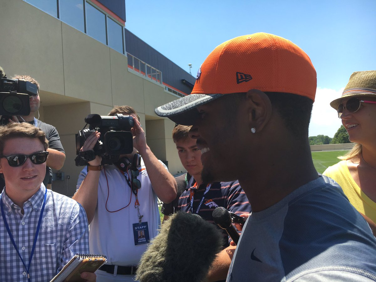 Broncos Todd Davis on being in pads