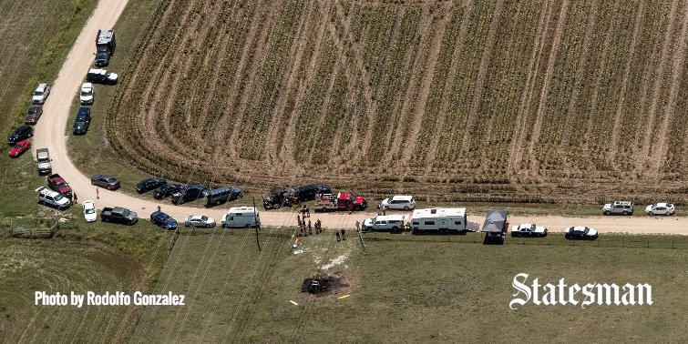 NEW: Witness says hot air balloon 'was barely moving' before Lockhart crash