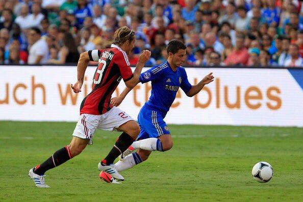 Conte e Oscar stendono il Milan