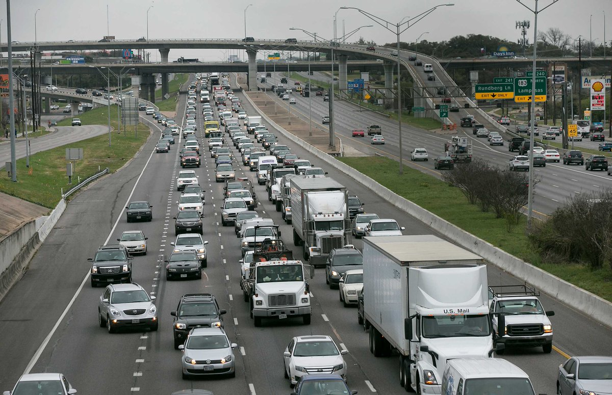 Austin author's Facebook rant captures everyone's feelings about I-35