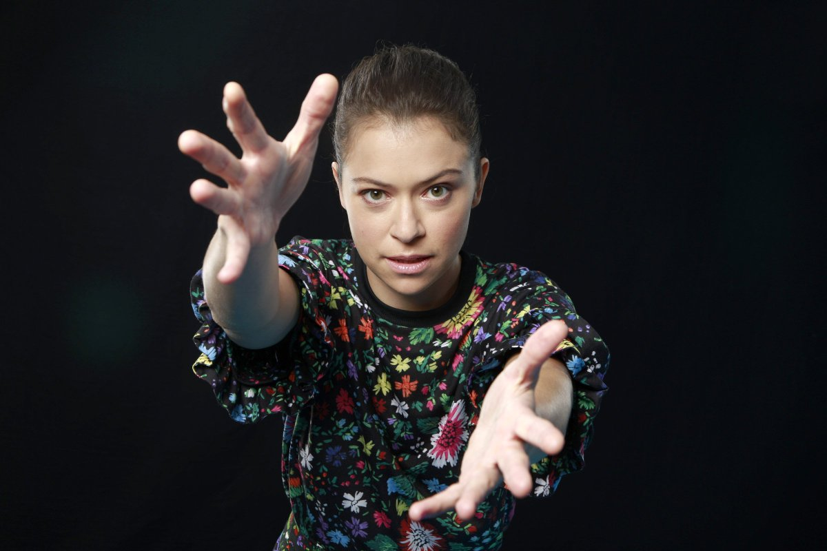 How does 'Orphan Black's' Tatiana Maslany keep all of her clones clear?