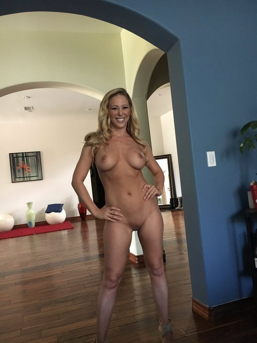 Hey lovebirds  RT this tweet to vote for @cheriedeville to be #DogFartGOTM https://t.co/LSQyo1xXQH