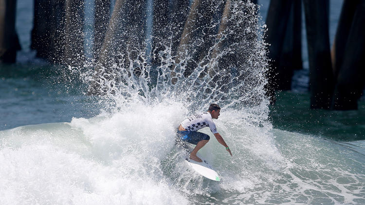 Reading the waves: U.S. Open of Surfing hopes for big swells for quarterfinals
