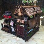 母ちゃんが本気出して作った犬小屋がもはやプロレベル!