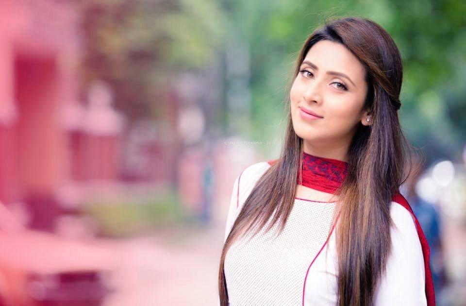 Bidya Sinha Saha Mim Lux Mim Twitter
