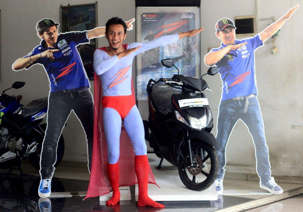 """""""Superman aja pakai mio Z """" Dedi Purnomo #ZagoanSelfie #SumberBaruRejeki #Sragen @YamahaIndonesia"""