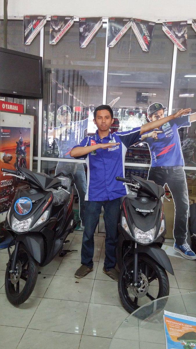 "@YamahaIndonesia ""aku bisa libaz rintangan karna Mio Z!""Kurniawan Wijayanto #zagoanselfie #aristacicaheum #bandung"