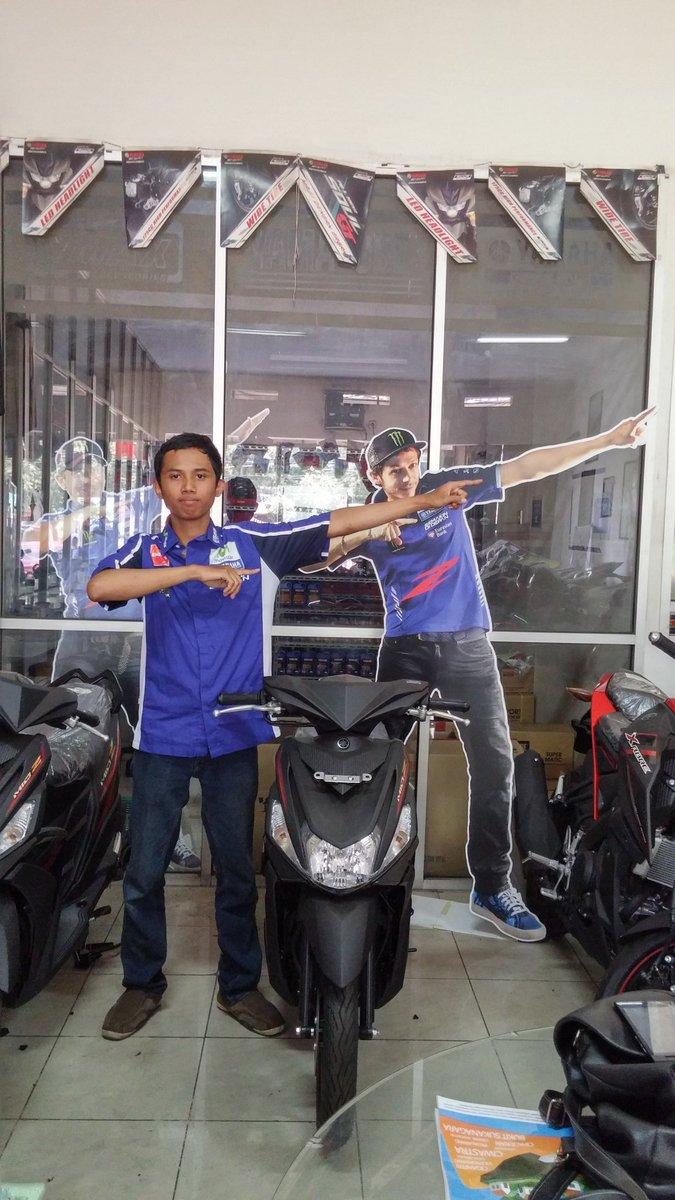 "@YamahaIndonesia ""aku bisa lari kencang karna Mio Z!""Kurniawan Wijayanto #zagoanselfie #aristacicaheum #bandung"