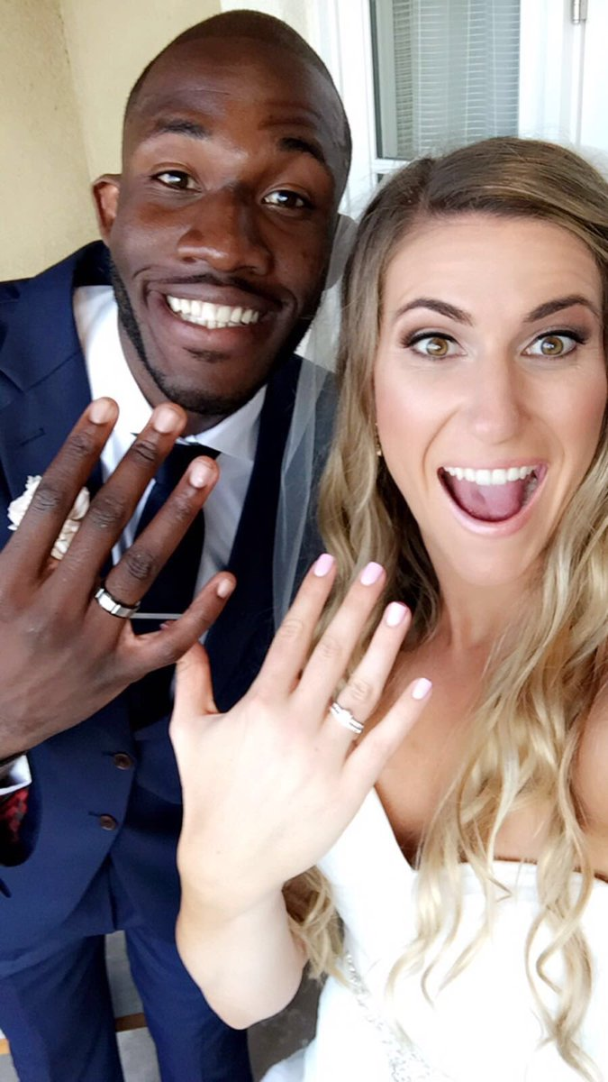 He put another ring on it! Officially Mr. and Mrs. Mavunga! #mavungafor2 https://t.co/Uycj1VRCc6