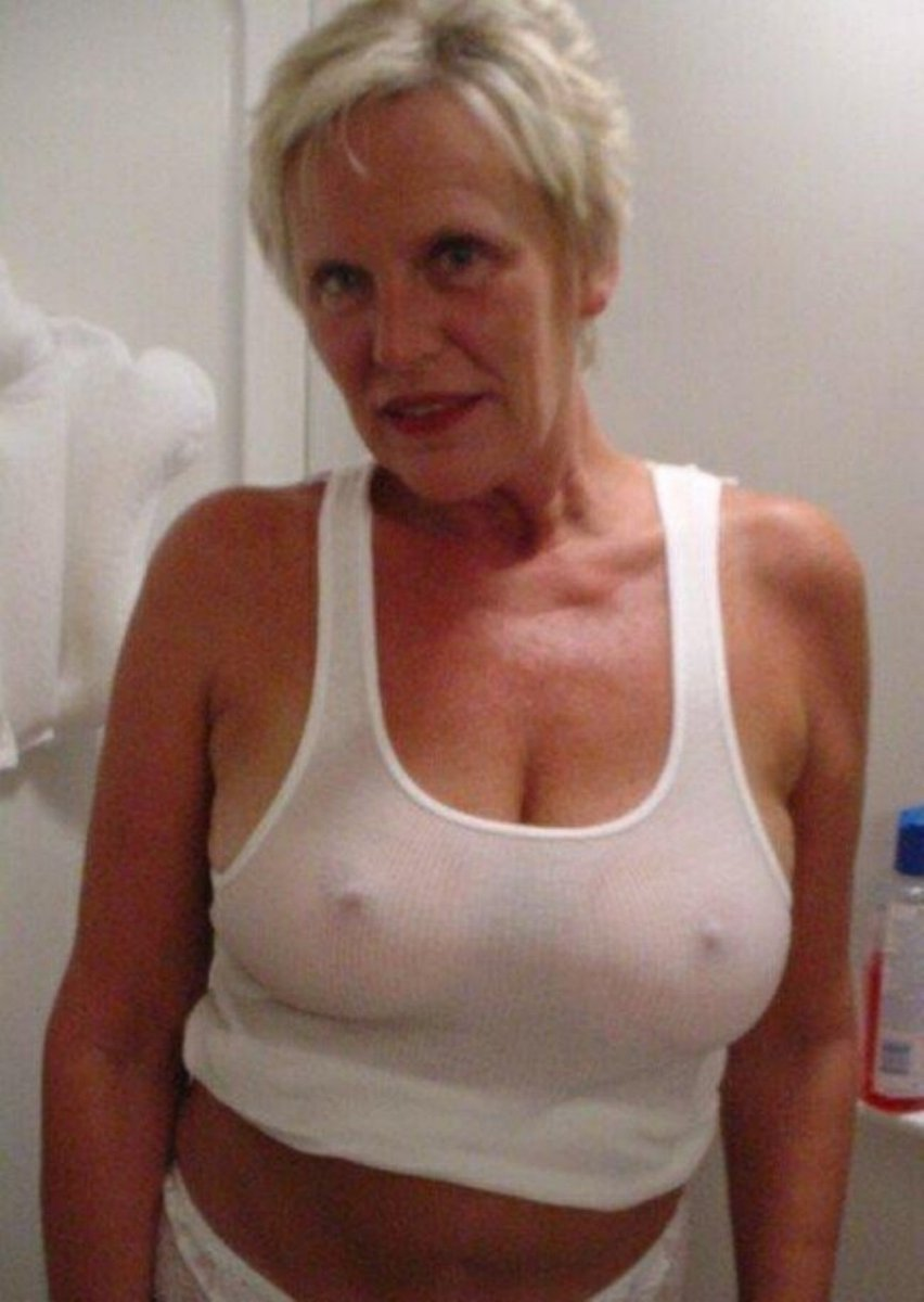 Mature passionate mistress with small breasts