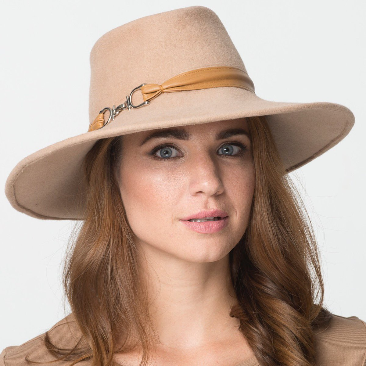 #newyorkmarketweek Come&see #designerhats #millinerycollection From #casual #streetwear -#eventstyles 212-279-1775