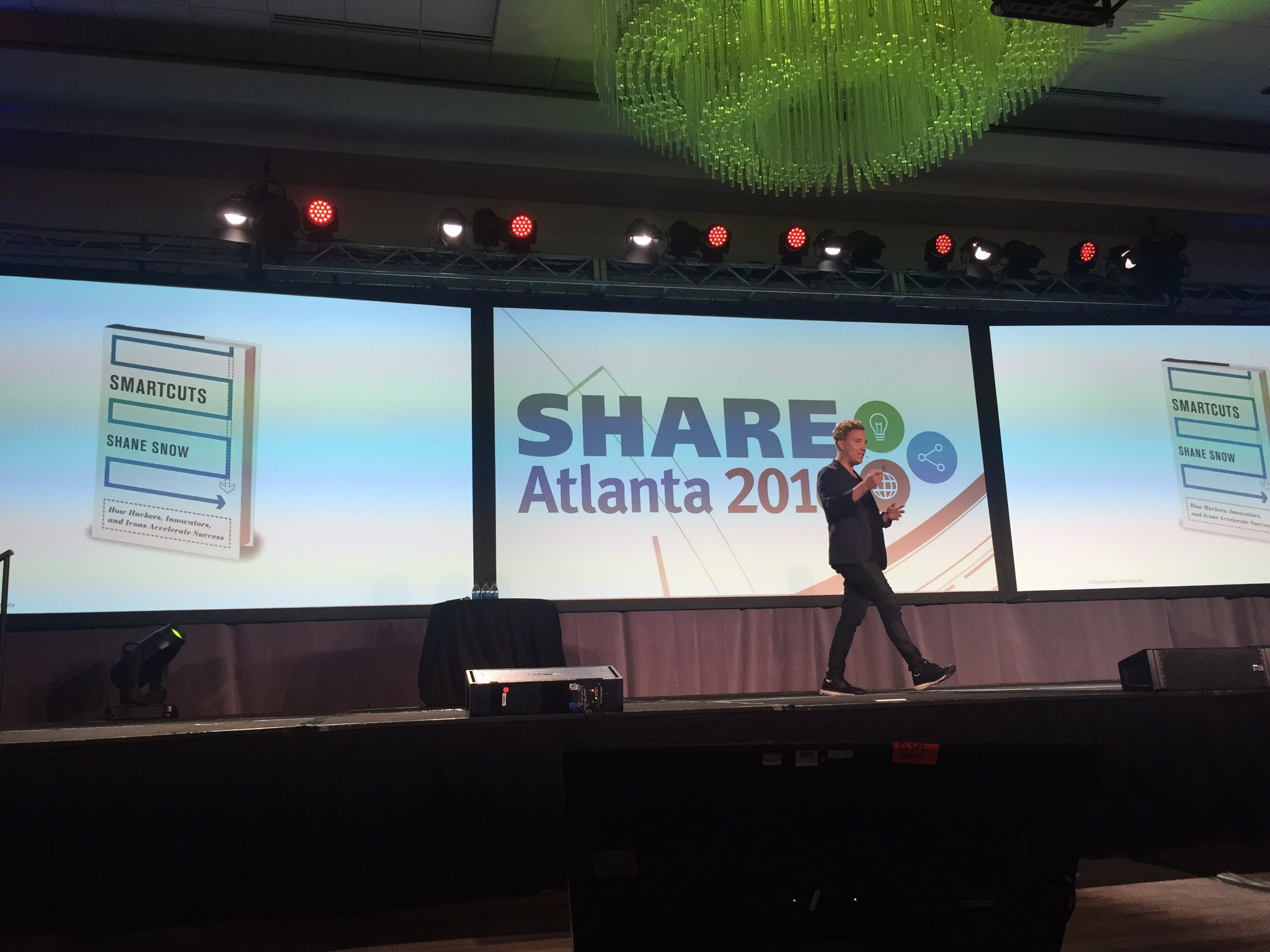 Food for thought: How have YOU used lateral thinking? #SHAREatl https://t.co/fjXsBbzDT6
