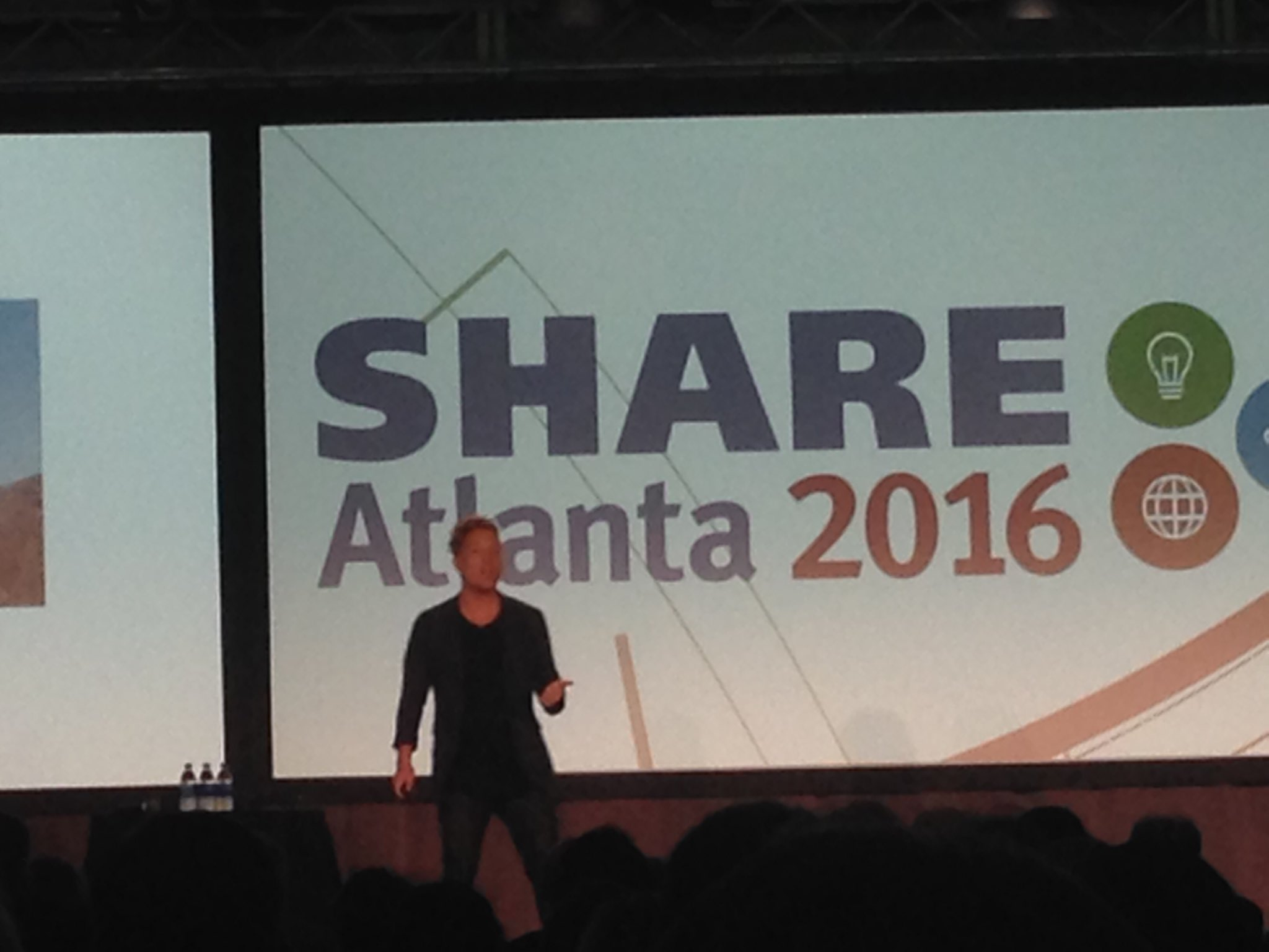 @shanesnow talks lateral thinking, small wins and innovation @ #SHAREatl https://t.co/6ytN40kOCO