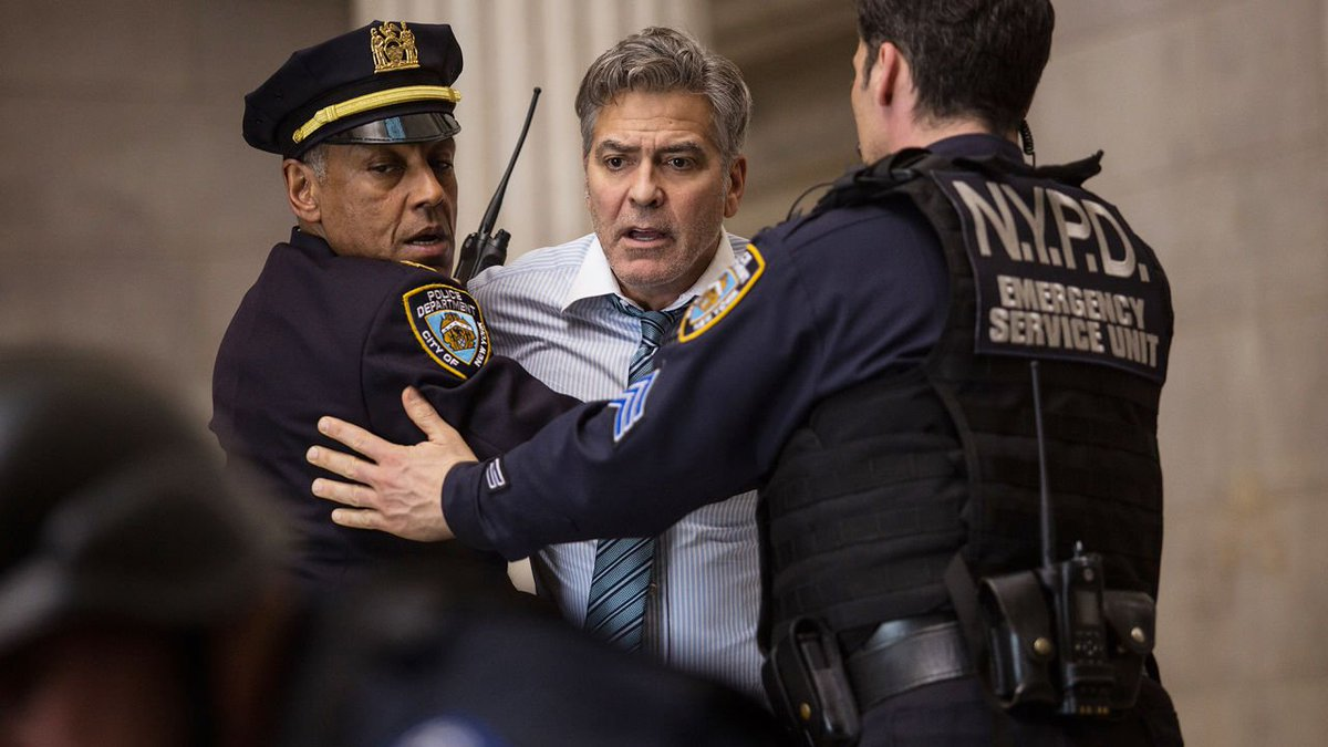 """Exclusive: Watch the intense first 10 minutes of """"Money Monster"""" https://t.co/cOYCnpNbyN https://t.co/yKzm69L6eD"""
