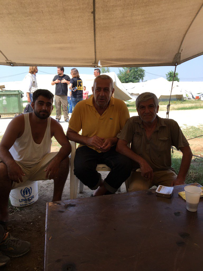 Bank manager, car parts salesman and student from Deir  Ez-Zor...now refugees in Greece. Nothing left. https://t.co/1mMWUeXhKb