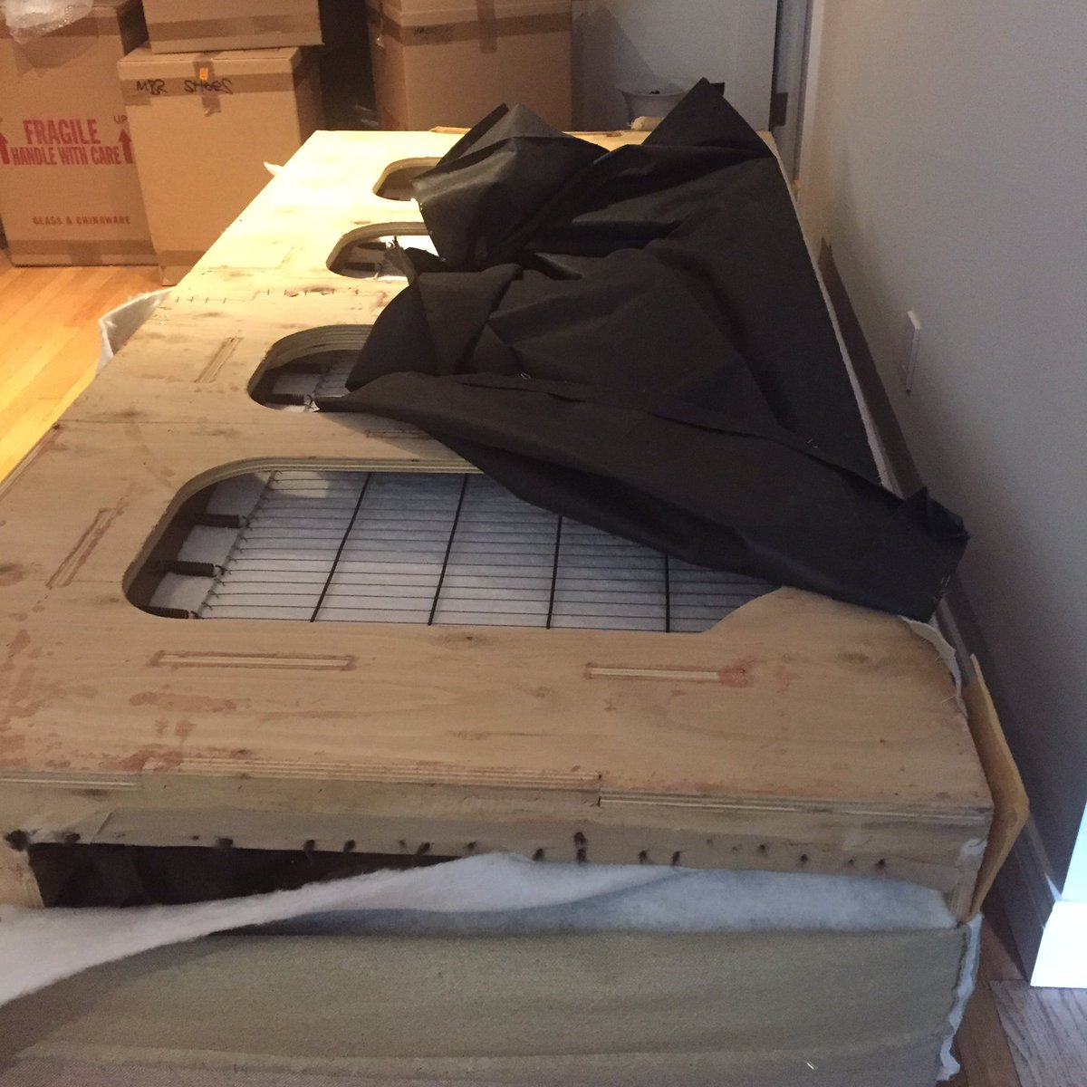 Jennifer Johnson Blalock On Twitter Dr Sofa Ripped Apart My Couch To Make It Fit In The Pre War Elevator And Is Now Putting Back Together Oh Nyc