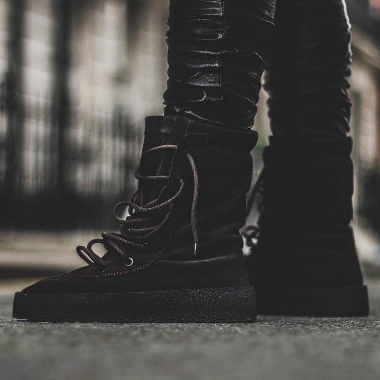 63980895d7b29 Sneakermash On Twitter On Foot Look At The Yeezy Season 2 Crepe