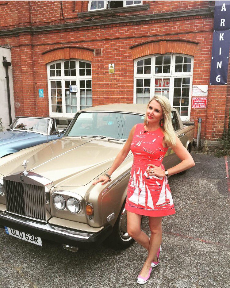 My #beautiful car for @AntiqueRoadTrip #1977rollsroyce https://t.co/lcEGyG7wBT