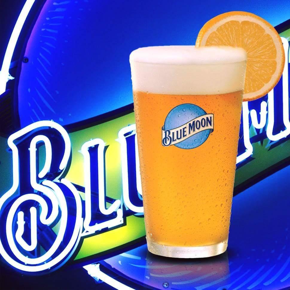 "$4 BLUE M🌚🌚N PINTS at @BigCityDiner at @Pearlridge @KailuaNEWS @WindwardMall & @KaimukiHi during ""LATE NITE"" HAPPY😀HOUR + 50% OFF PUPU from 10 pm- MIDNIGHT🌠TONIGHT!  #BigCityDiner #Hawaii #Aloha #WindwardMall #Kailua #KaimukiEats #LateNiteHappyHour"
