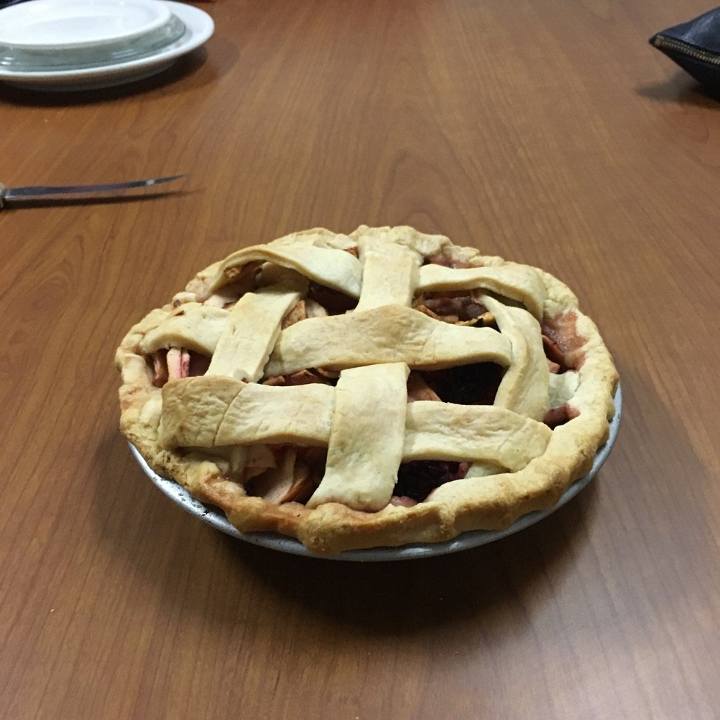 And there will be be pie! @Cynthinee @catladylib @piebrarian #ndlc16 #workinghard https://t.co/hAC7iEe7Xp
